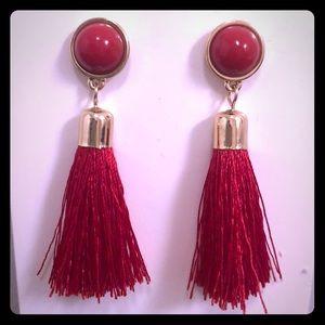 NWT H&M tasseled earrings